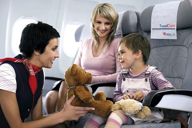 child_in_plane