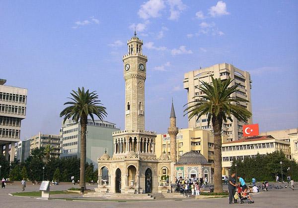 Часовая башня — символ Измира